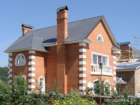 Кратко о строительстве кирпичного дома