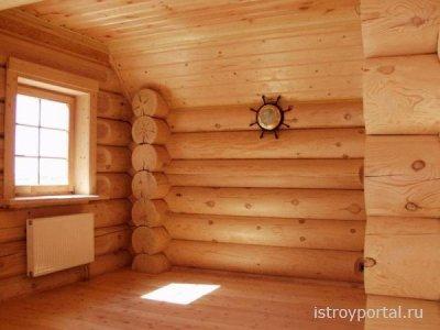 Подвал в доме из дерева