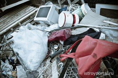 Вывоз мусора из квартиры в Москве.