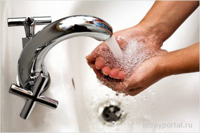 Как проложить в доме водопровод?