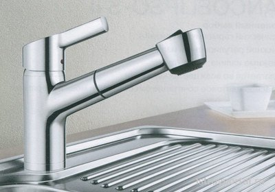 Виды и преимущества кухонных смесителей