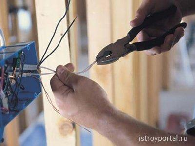 Как правильно монтировать электрическую проводку?