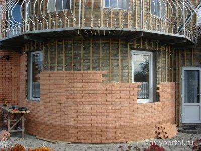 Фасадный кирпич незаменим при облицовке дома