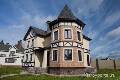 Собственный дом в коттеджном поселке – это именно то, что надо для полноцен ...