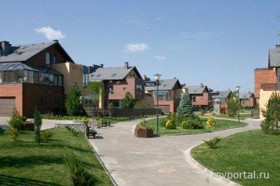 В Петербурге люди предпочитают квартиры загородным домам