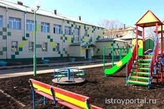 Строительство детских садов возрасло за последний год.