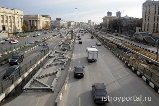 Уже в конце 2015 года планируется закончить реконструкцию Рязанского проспе ...