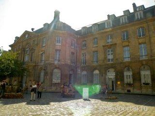 Министерство обороны Франции продает свои здания