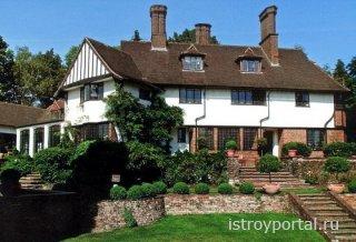 Дом, где жил Леннон, выставлен на продажу