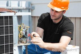 Как подобрать профессионального электрика?