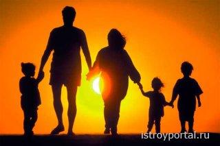 Многодетным семьям из Санкт-Петербурга будут выделяться участки в Новгородс ...