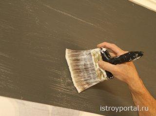 Окрашивание бетонной поверхности клеевым способом