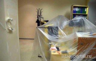 Ремонт в офисе: закрываем мебель