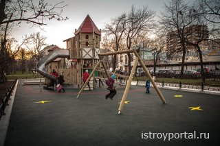 Как построить детскую площадку?