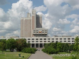 Мосгосстройнадзор одобрил новый этап реконструкции фундамента РАНХиГС