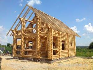 Правила и особенности строительства деревянного дома